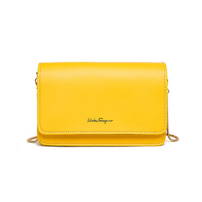 Picture of Women's Crossbody Bag Casual Simple Letter Chain Fashion All-Match Bag-Size: One Size