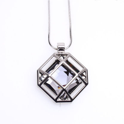 Picture of Women's Sweater Chain Geometry Leisure Sweater Chain - Size: One Size