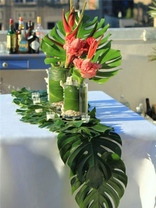 Picture of 36 Pcs Creative Table Runner Simulation Green Leaf Table Runner - Size: One Size