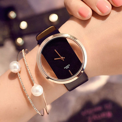 Picture of Women's Fashion Watch Creative Design Quartz Watch Accessory - Size: One Size