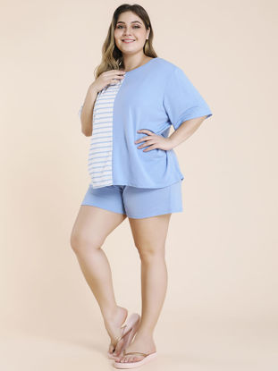 Picture of Women's Plus Size 2Pcs Striped Patchwork O Neck T Shirt Solid Color Shorts - Size: 3XL