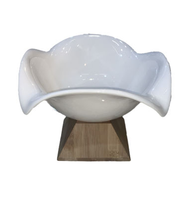 Picture of pedestal serving plate